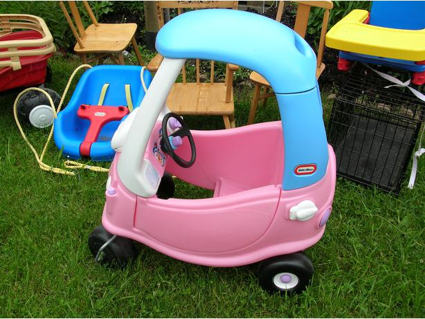 Little tikes cozy coupe todller car hull sector quebec - Little tikes cosy coupe car best price ...