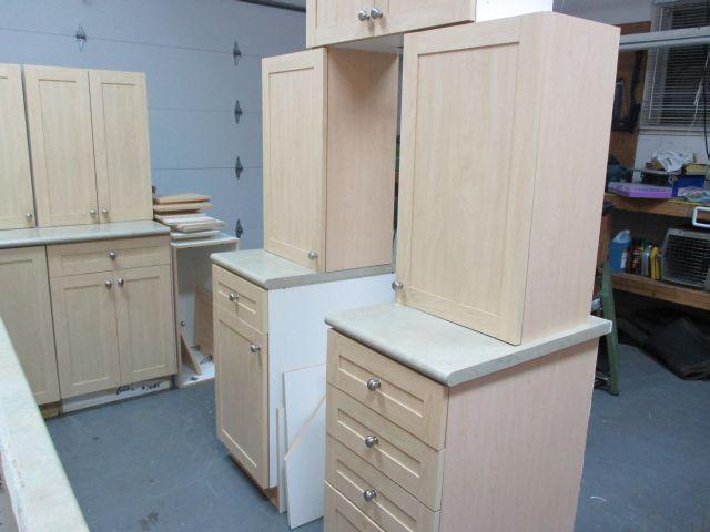 Maple kitchen cabinets north saanich sidney victoria for Kitchen cabinets victoria