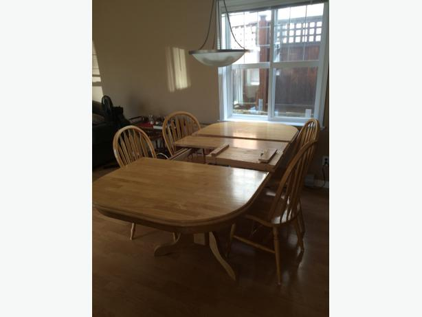 Solid Maple Dining Room Table With Hidden Leaf 150 Obo