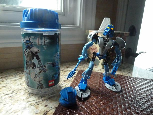 Lego BIONICLE GALI - MASTER OF WATER