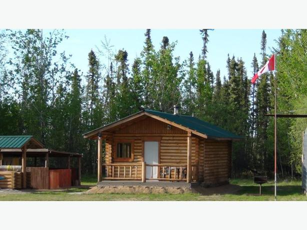 Log cabin for rent in Little Bear Lake area