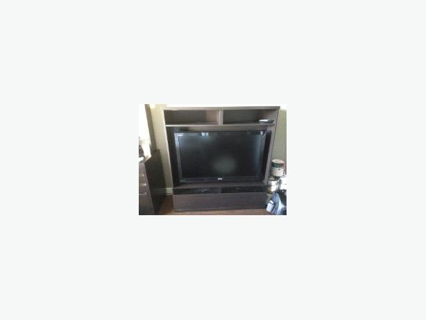 free ikea tv entertainment stand with tv wall mount victoria city victoria. Black Bedroom Furniture Sets. Home Design Ideas