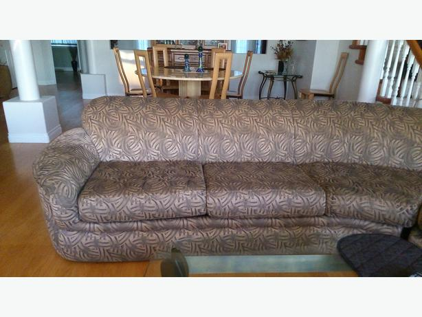 Large sectional sofa north saanich sidney victoria for Sectional sofas for sale red deer