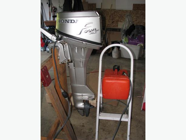 Good Running Honda Bf8a 4 Stroke Outboard 8 Hp For