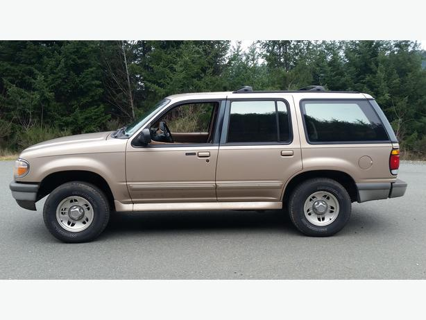 1996 ford explorer xlt 4x4 quick sale shawnigan lake. Black Bedroom Furniture Sets. Home Design Ideas