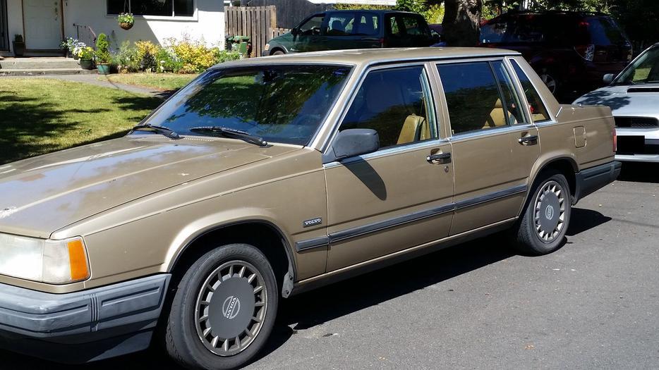 1992 Volvo 740GL Victoria City, Victoria