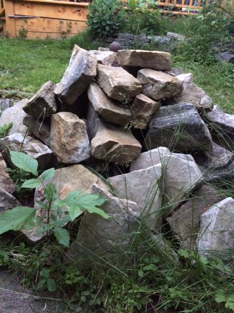 Garden landscaping rocks central ottawa inside greenbelt for Landscaping rocks kelowna