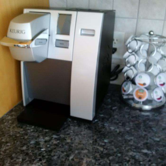 Coffee Maker With Internal Hot Water Tank : Keurig - K150 K-Cup Brewing System Nepean, Ottawa - MOBILE