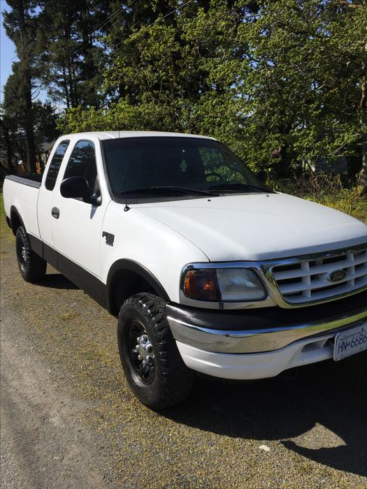 2000 ford f150 4x4 7700 gvwr towing price drop west shore langford colwood metchosin highlands. Black Bedroom Furniture Sets. Home Design Ideas
