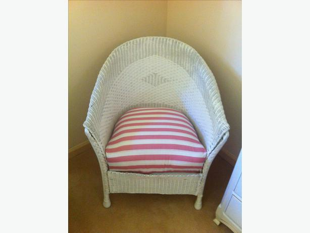 Shabby Chic White Wicker Chair Victoria City Victoria