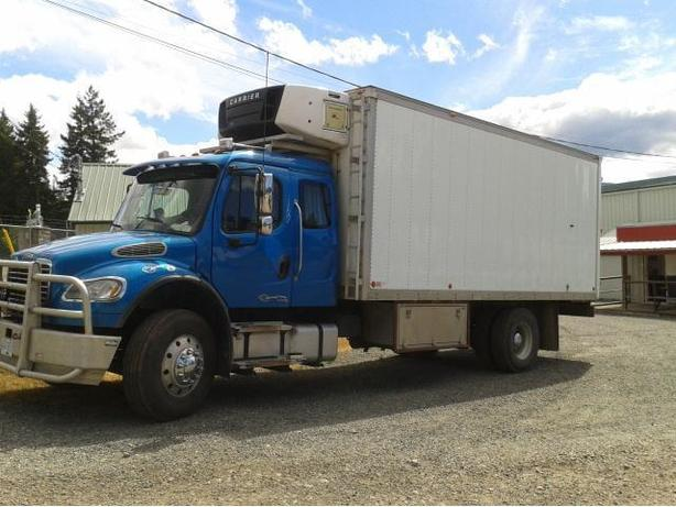 M2-106 Freightliner with Legal Sleeper and C-7 Cat Engine