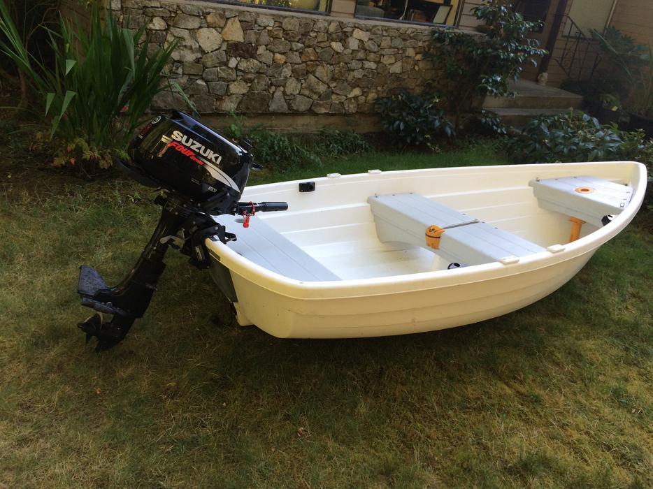 Walker Bay 10ft 310 Rid Sail Dinghy Suzuki 6hp Outboard