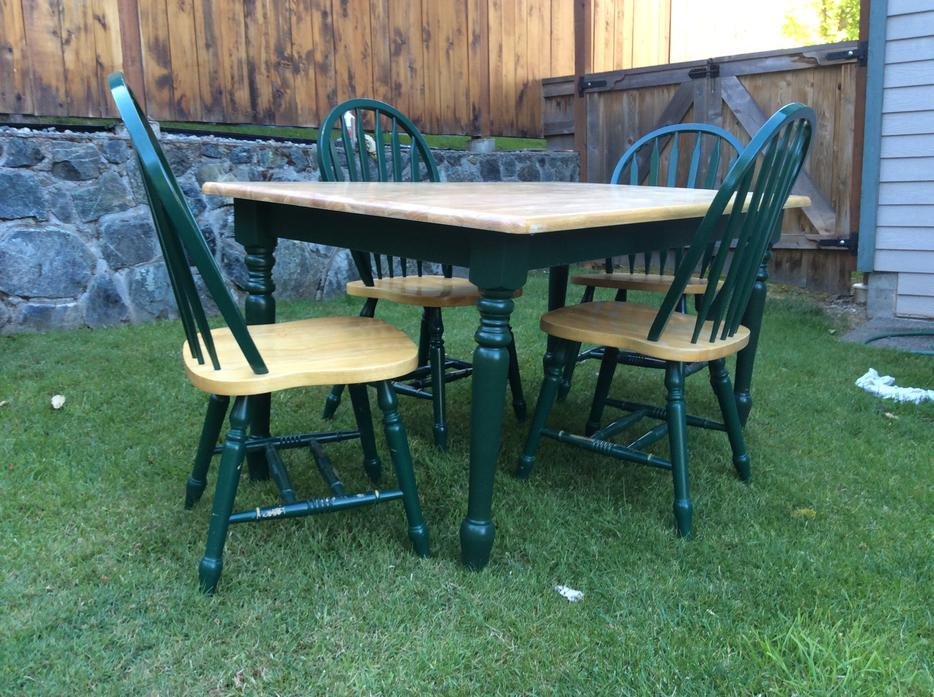 Solid Oak Dining Table and Chairs PRICE DROP West Shore  : 47326947934 from www.usedvictoria.com size 934 x 697 jpeg 128kB