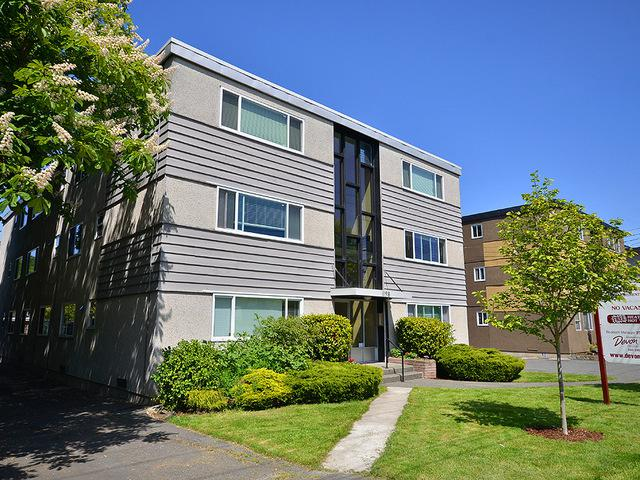 Parkside manor 1198 esquimalt road 1 bedrooms victoria for Parkside manor