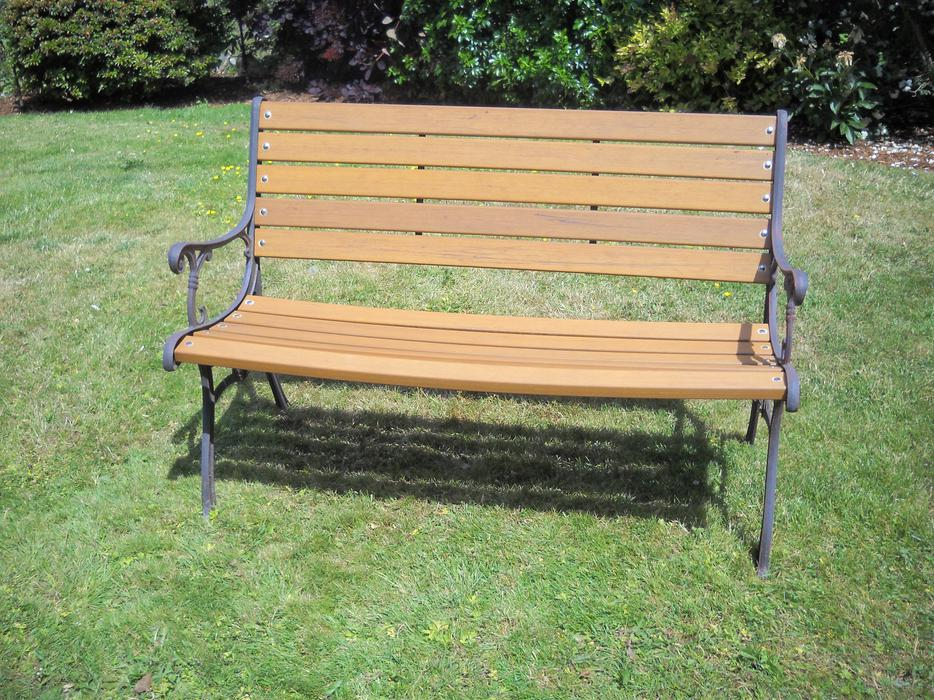Solid resin no maintenance garden bench victoria city for Outdoor furniture victoria bc