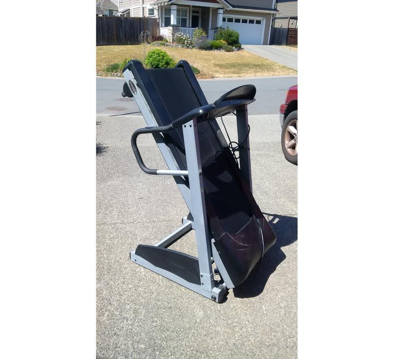 Gym Equipment Kamloops: Free Spirit Treadmill Sooke, Victoria