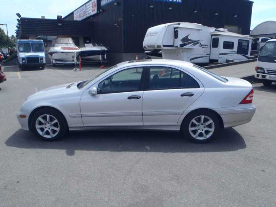 2005 mercedes benz c class outside cowichan valley for 2005 mercedes benz c230 kompressor price