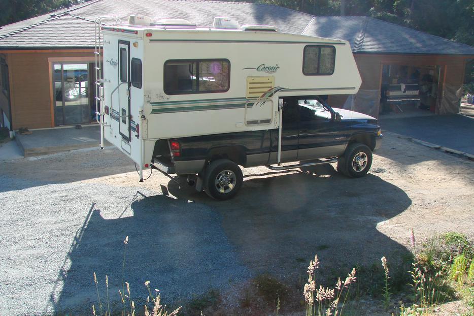 1997 Corsair Camper Outside Nanaimo Nanaimo Mobile