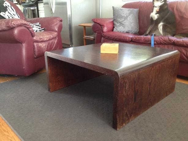 Rosewood coffee table tv sofa stand ladysmith cowichan for Matching tv stand and coffee table