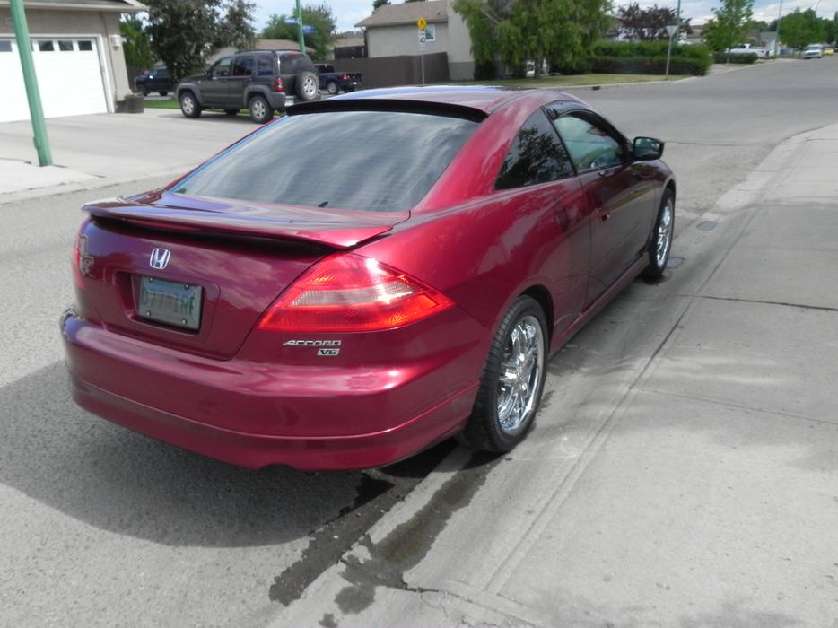 reduce 2003 honda accord coupe 2 door east regina. Black Bedroom Furniture Sets. Home Design Ideas