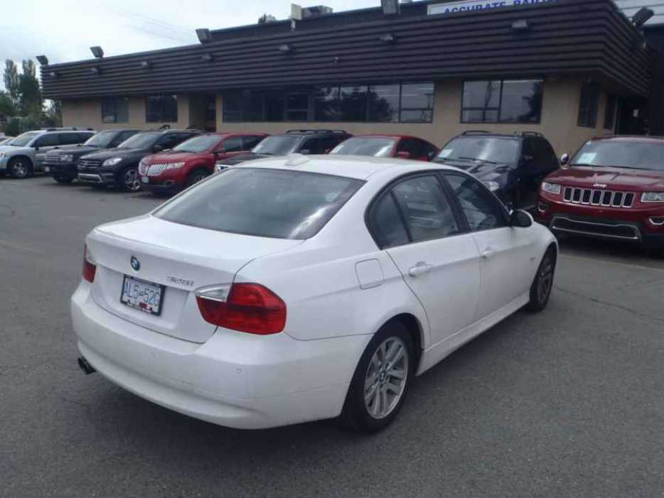 2007 bmw 3 series outside cowichan valley cowichan mobile. Black Bedroom Furniture Sets. Home Design Ideas