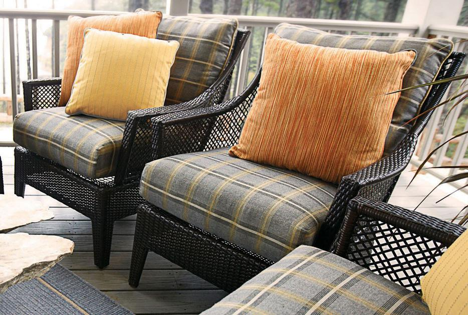 Outdoor fabrics needing some love esquimalt view royal for Outdoor furniture victoria bc