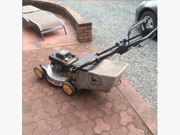 John Deere 14sb Self Propelled Lawn Mower Nanoose Bay Nanaimo