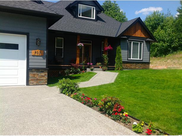 Lovely Custom Built Craftsman Home In Lake Cowichan