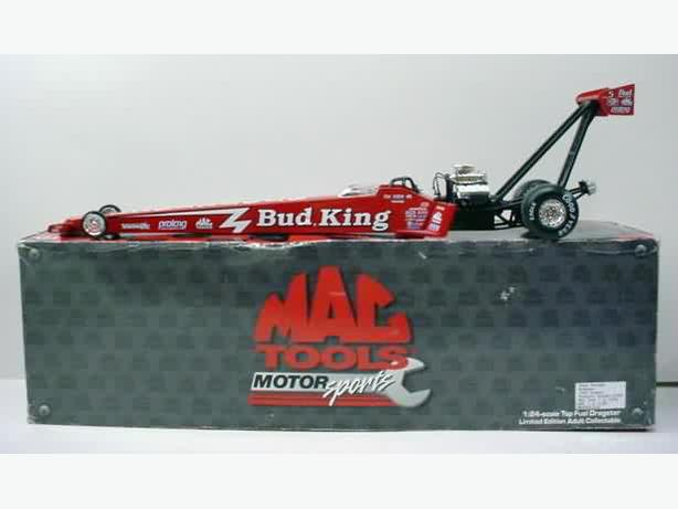 Action 1/24 Scale NHRA Champ 1998 Kenny Bernstein Top Fuel Dragster