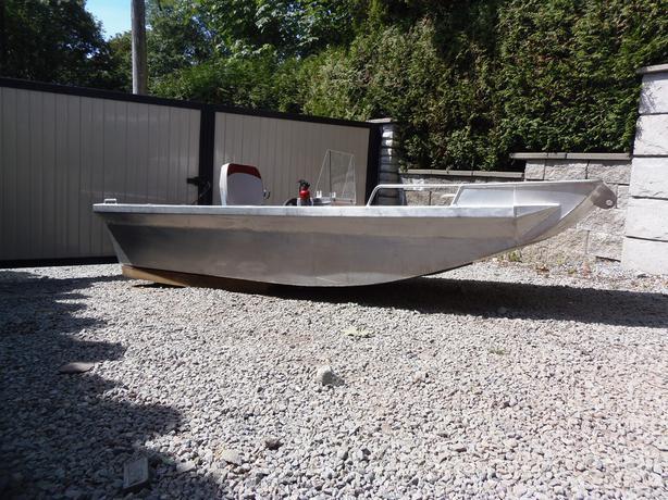 aluminum bottom boats wide Deep flat