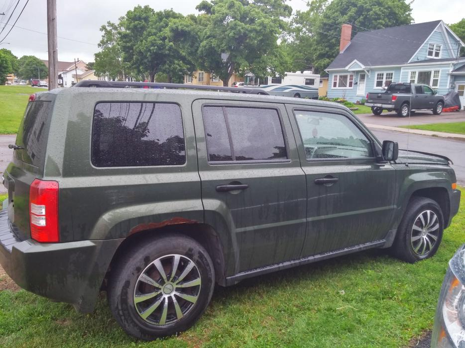 2008 jeep patriot sport suv crossover 4cyl front wheel drive charlottetown pei mobile. Black Bedroom Furniture Sets. Home Design Ideas