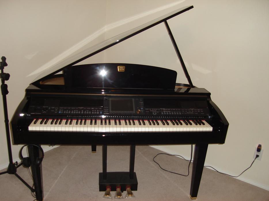 Yamaha clavinova cvp 409 gp digital piano for sale 5000 for Used yamaha clavinova cvp for sale