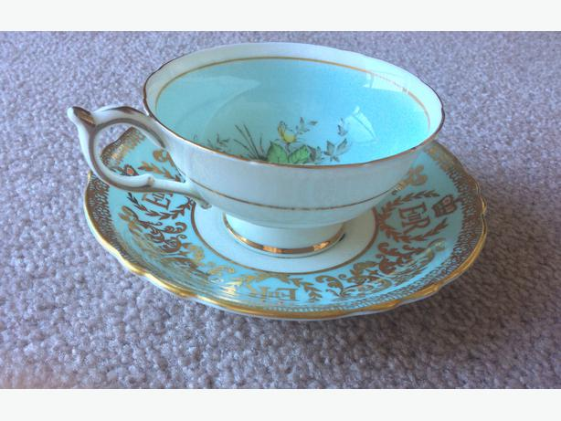 dating paragon fine bone china Make tea time a special affair with our beautiful fine bone china tea sets from english tea store order a full set, or begin your collection of the world's finest fine bone china tea service sets with one cup and saucer.