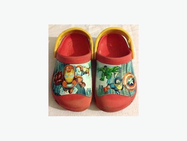 Avengers Crocs Toddler Size 8/9