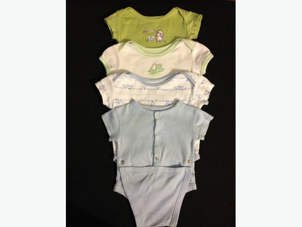 4 pce lot onesies 0-3 months