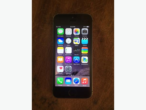 iphone 5s unlocked 16gb iphone 5s unlocked black 16gb south nanaimo nanaimo 1087