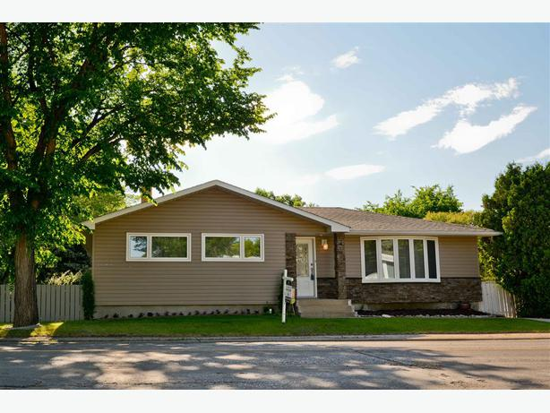 3400 29th Avenue Parliament Place Completely Renovated