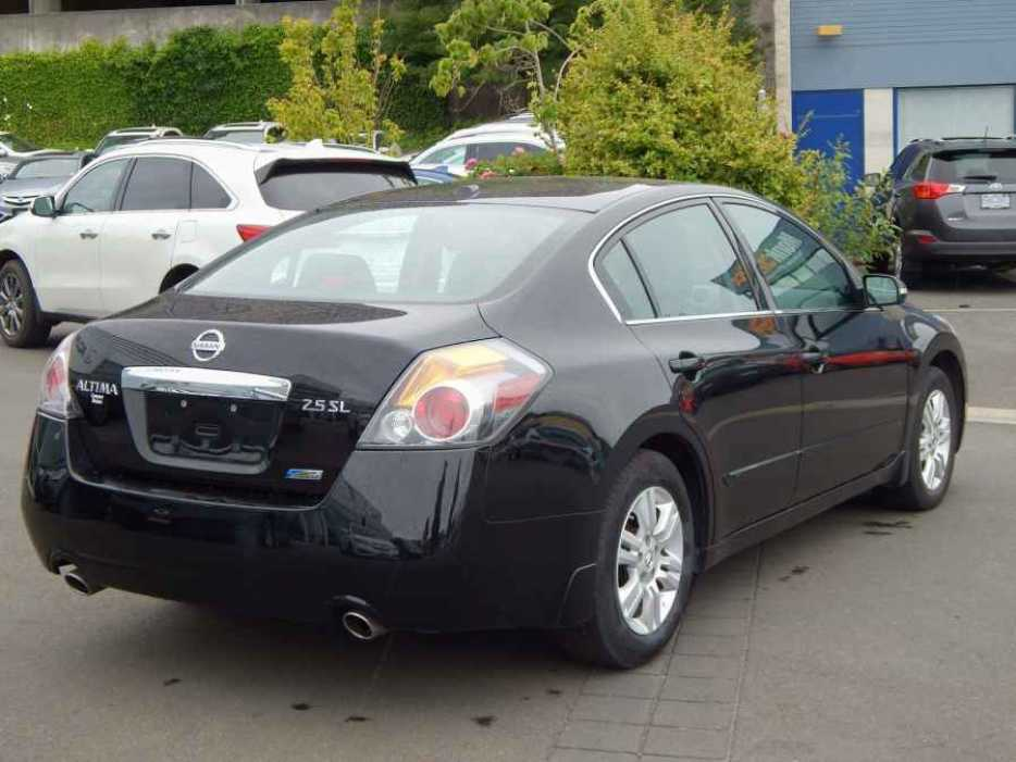 2011 Nissan Altima 2 5 Sl Outside Nanaimo Parksville