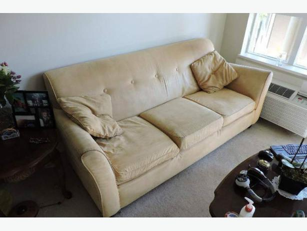 Clean And Comfortable Micro Suede Sofa Set Kelowna