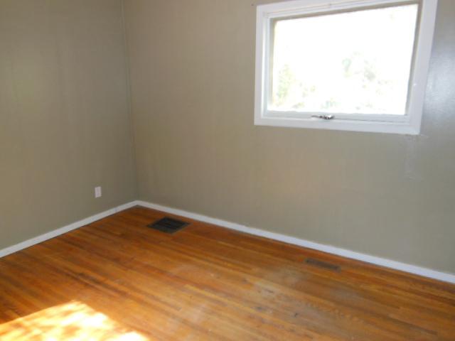 912 Elphinstone 3 Bedroom Finished Basement North Regina