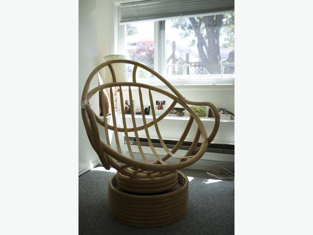 Cozy round bamboo chair victoria city victoria