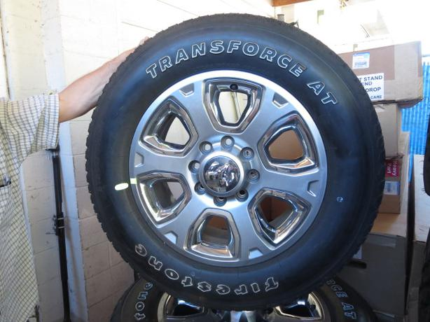 Set of 4 LT285/60/R20 Tires & Rims