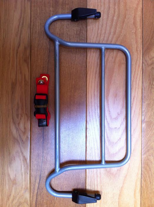 bob revolution car seat adapter for peg perego car seat 40 saanich victoria. Black Bedroom Furniture Sets. Home Design Ideas