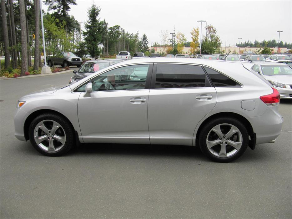 2011 toyota venza awd courtenay campbell river mobile. Black Bedroom Furniture Sets. Home Design Ideas
