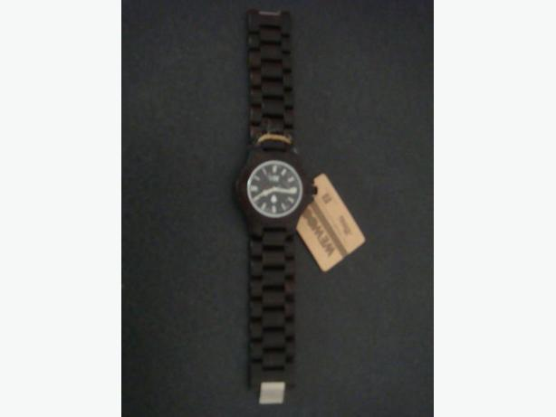 New Dark Brown WeWood Wood Watch
