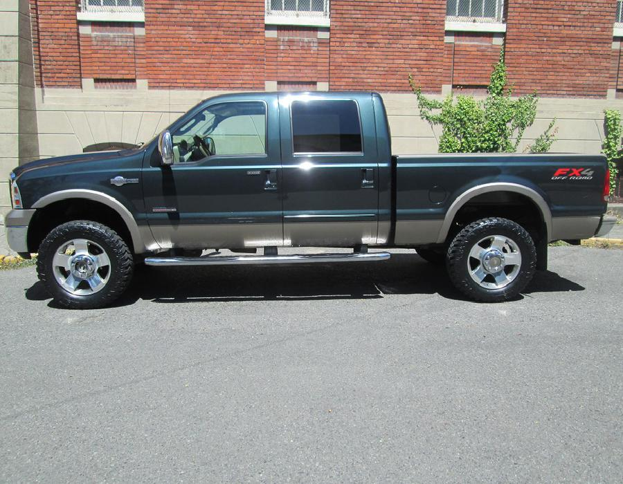 2006 ford f350 king ranch super duty fully loaded local no accidents outside cowichan. Black Bedroom Furniture Sets. Home Design Ideas