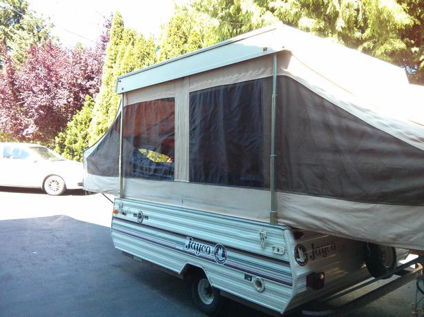 1990 Jayco Tent Trailer Outside Nanaimo Parksville