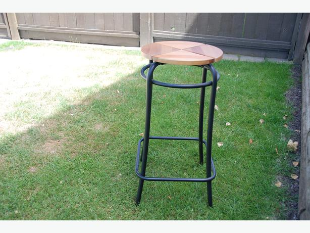 Bar Stool Surrey incl White Rock Vancouver : 47633845614 from www.usedvancouver.com size 614 x 461 jpeg 57kB