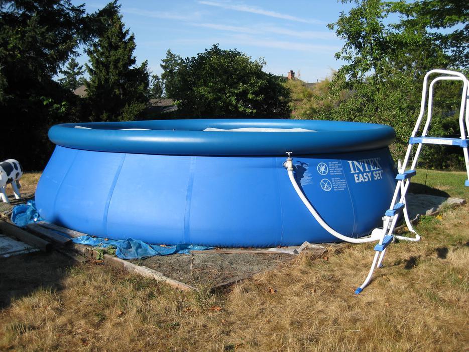 Intex Easy Set Pool 18 39 X 48 North Saanich Sidney