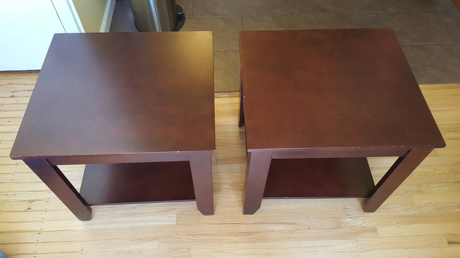 Wood coffee table with 2 matching end tables saanich victoria for Coffee tables kelowna